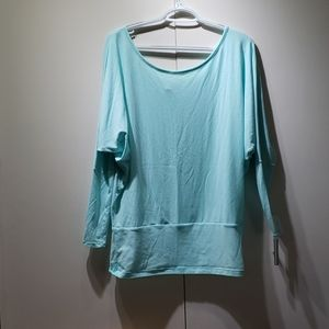 Lucy 3/4 sleeve top